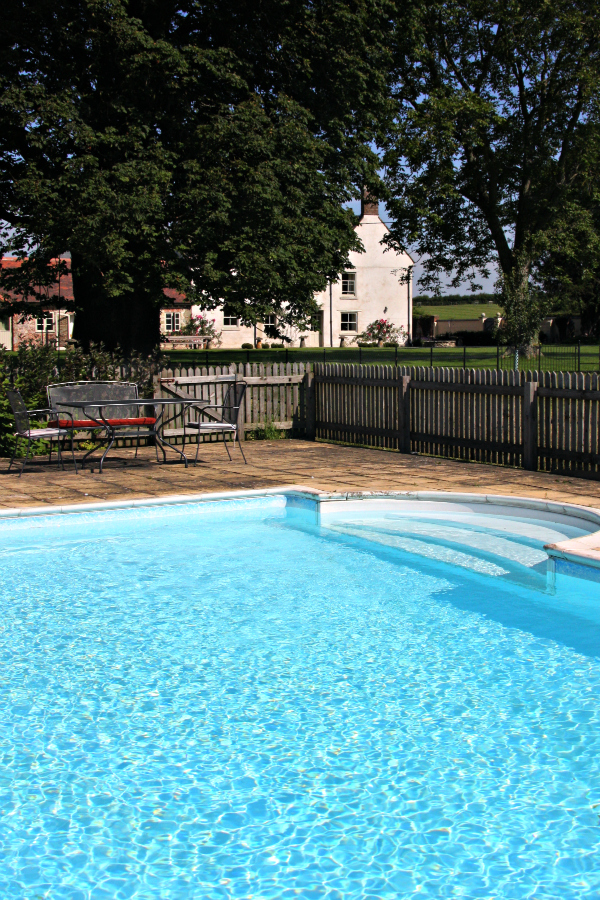 Outdoor swimming pool archives launceston farm - Uk hotels with outdoor swimming pools ...